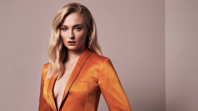 New Sophie Turner 2020 Wallpaper