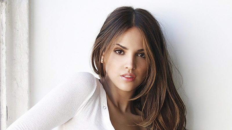 HD Eiza Gonzalez 2019 Wallpaper