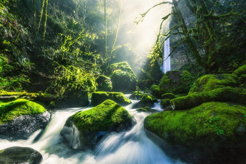 Columbia River Gorge Light Rays 4k Wallpaper