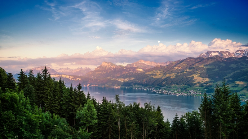 Lake Zurich in Switzerland Landscape 4K Wallpaper