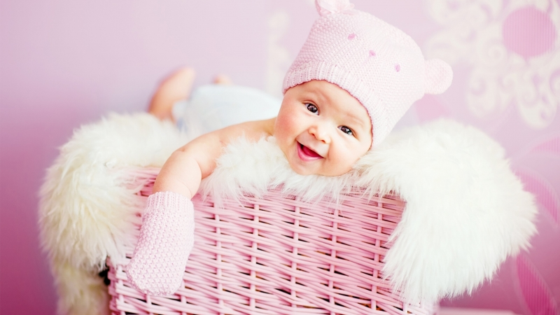 Baby Laughing Cute 4K Wallpaper