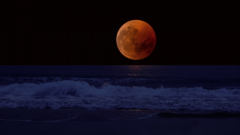 Full Moon Eclipse Sea Surf Horizon 4K HD Wallpaper