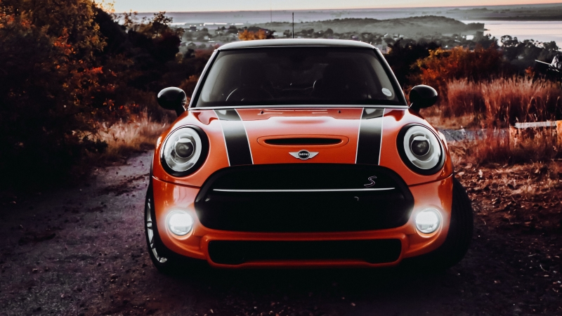 Mini Cooper Car Headlight Glow 4K HD Wallpaper