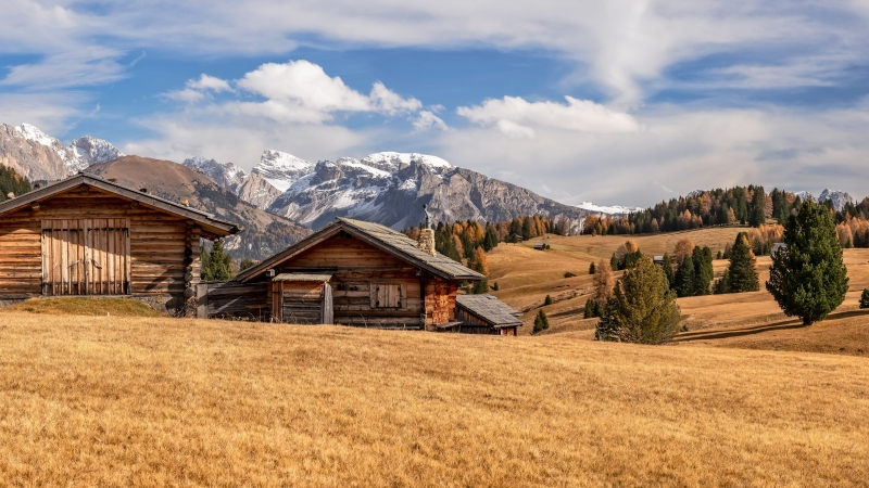 Man Made Cabin 4K 5K HD Wallpaper