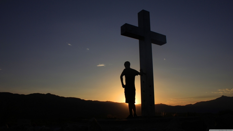 Man Standing With Jesus Cross 4K HD Wallpaper