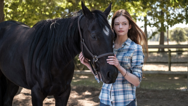 Mackenzie Foy Black Beauty HD Movies Wallpaper