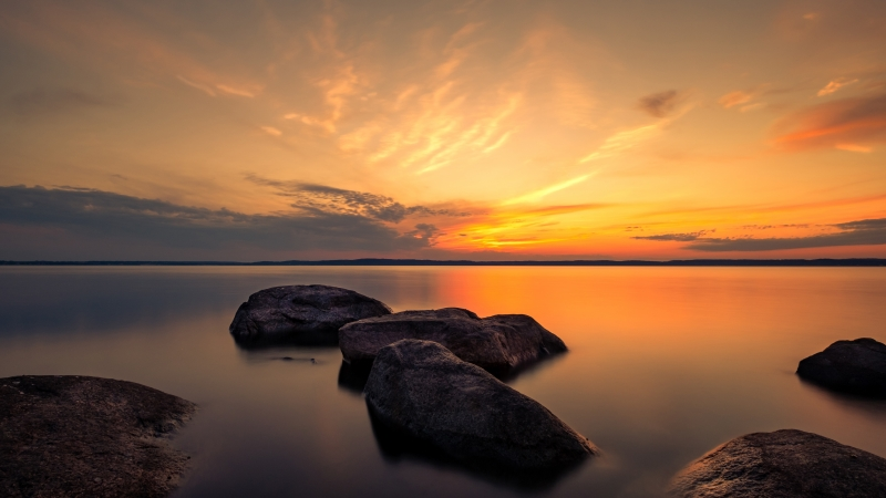 Summer Dusk Rocks Between Lake During Sunset Time 4K 5K HD Nature Wallpaper