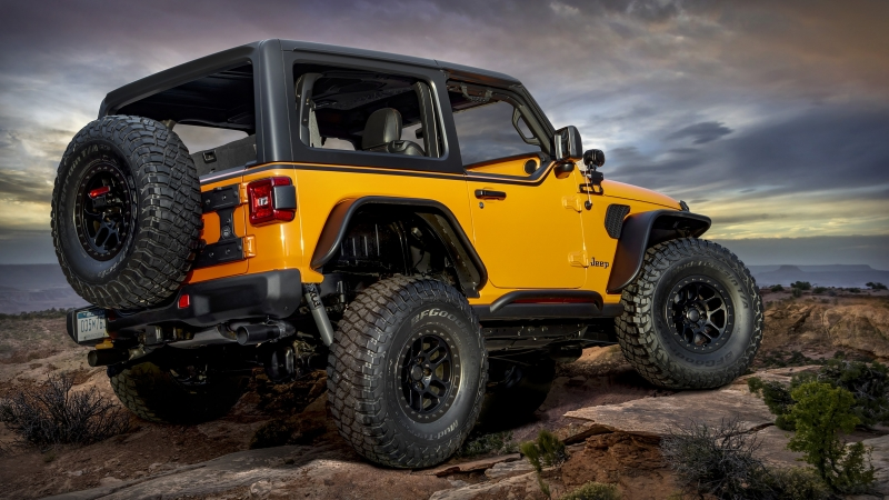Jeep Orange Peelz 2021 2 4K HD Cars Wallpaper