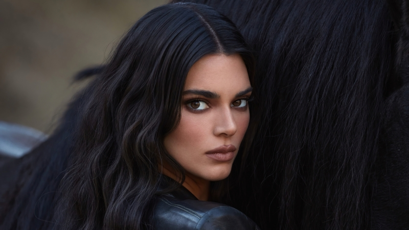 Kendall Jenner KKW Fragrance Photoshoot Wallpaper